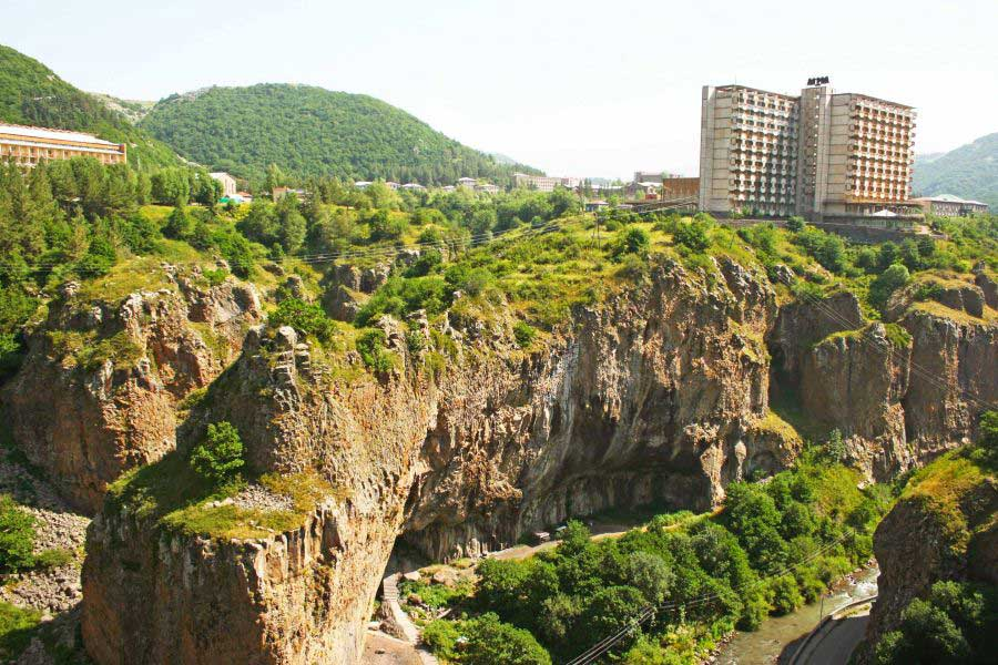 Jermuk – Your Travel Guide to Israel, Armenia and Georgia
